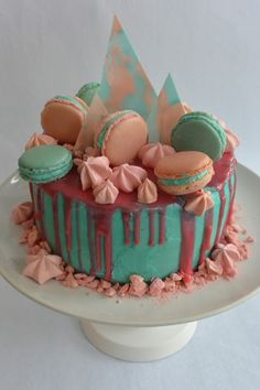 Celebration Treats 4U: Suklaakakku Nutellakreemillä ja suklaaganachella