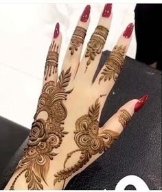 This is beautiful henna mehndi designs for all ladies of this era Khafif Mehndi Design, Henna Art Designs, Mehndi Designs For Girls, Mehndi Designs 2018, Mehndi Designs For Beginners, Modern Mehndi Designs, Dulhan Mehndi Designs, Mehndi Design Photos, Mehndi Designs For Fingers