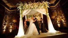 Stunning arch by David Beahm Events in NY davidbeahm.com