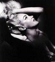 Stunning portrait of Marilyn.