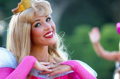 princess aurora face character
