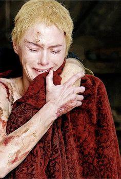 "Cersei Lannister (Lena Headey) in GoT Game of Thrones as Regent Queen of King's Landing. Season Episode 10 ""Mother's Mercy"" Game Of Thrones Cersei, Got Game Of Thrones, Winter Is Here, Winter Is Coming, Got Season 5, Real Madrid, Cercei Lannister, Valar Dohaeris, Valar Morghulis"