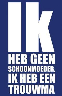 Heb er gelukkig geen last van. Funky Quotes, Great Quotes, Dutch Words, Dutch Quotes, Lol So True, True Quotes, Funny Texts, Slogan, Laughter