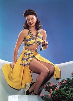 Ginger Rogers 40s color photo print ad movie star play suit swim suit skirt yellow blue pin up girl