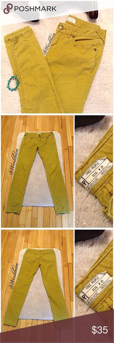 Free People Light Mustard Corduroy Skinny Pants Free People Light Mustard Yellow Corduroy Skinny Pants. Used, Great Condition. No wear on pant bottoms' of legs. No holes, No rips, No stains. Worn 8+ times. Feel free to ask questions. Measurements upon request. 🚫NO TRADES🚫 Free People Pants Skinny