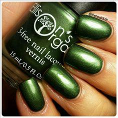 All is Bright - Nail Polish - Green 3-free Nail Lacquer - Indie Nail Polish - Vegan - Nails - Nail Art - Nail Lacquer - Christmas in July by EllisonsOrganics on Etsy https://www.etsy.com/listing/256707021/all-is-bright-nail-polish-green-3-free
