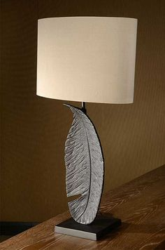 Leaf lamp | nielsen house