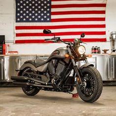 2017 Victory Gunner Motorcycle - Suede Titanium