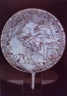 Miroirdecalchas Etruscian Mirror. A representation of Kalkas as Harbinger. 5th. century BCE.