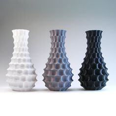 space temple modern vase honeycomb interior design vase with hexagon scallops Sgraffito, Cute Desk Decor, Plastic Vase, 3d Printing Business, Friendly Plastic, 3d Prints, Honeycomb, Ceramic Art, Office Decor