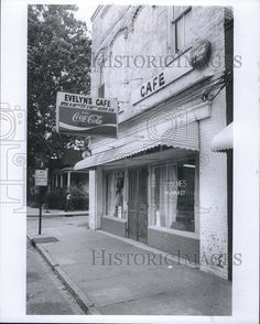 Press Photo  Columbus, Ga. Evelyn's Cafe restaurant from Historic Images