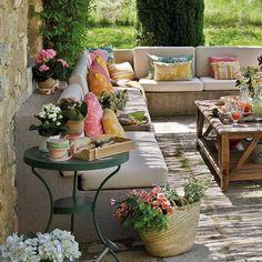 tecidos coloridos e idéias de fundo de quintal