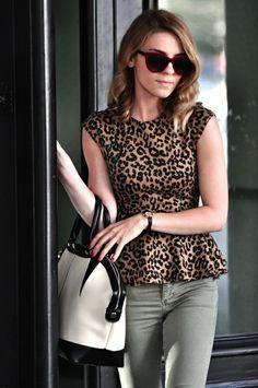Leopard peplum cap sleeve makes me smile. Autumn Fashion, Love Fashion, Fashion Outfits, Womens Fashion, Animal Print Outfits, Animal Prints, Leopard Fashion, Fashion Prints, Passion For Fashion