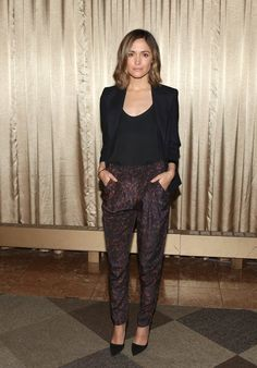Pin for Later: This Week's Can't-Miss Celebrity Pics!  Rose Byrne posed at the You Can't Take It With You Broadway preview in NYC on Wednesday.