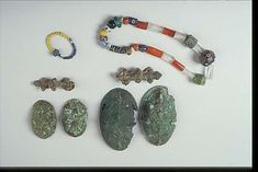 Birka Grave BJ515 #spt Beads of rock crystal, carnelian and glass.
