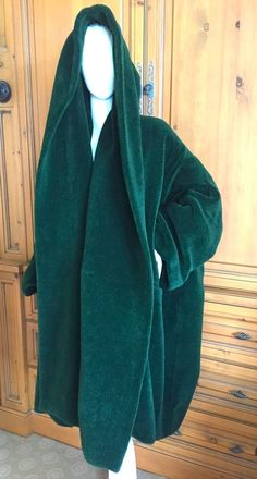 Romeo Gigli 1989 Runway Hooded Green Cocoon Coat #Gigli #Cocoon