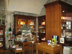 Winery Gift Stores offer great gift shopping ideas.  Create a Thank You basket for friends, family, bridesmaids. Many have great selections of local olive oils, lavender gifts and mustard.