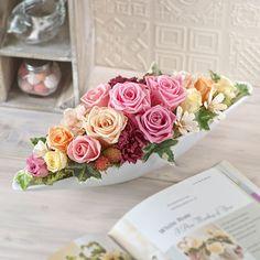 Pink Flower Arrangements, Flower Arrangement Designs, Floral Centerpieces, Floral Bouquets, Nylon Flowers, Clay Flowers, Ikebana, Flower Box Gift, Baby Shower Crafts