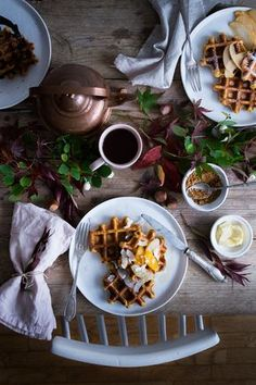 Gaufres à la courge butternut sans lactose   Carnets Parisiens Food Photography Styling, Food Styling, Crepes, Lunch Photos, Waffles, Brunch, Sans Lactose, Slow Food, Butternut Squash