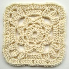 Ravelry: Granny Square with a Flower pattern by Jolanta Gustafsson