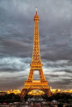 © Mis Lutier: La Tour Eiffel