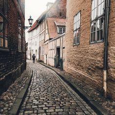 """Tom auf Instagram: """"Goodbye 2015 #Lüneburg"""" Toms, Instagram Posts"""
