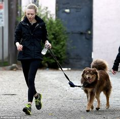 Amanda Seyfried running with Finn. One day I will have a dog that enjoys running with me.