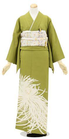 №it-2色留袖「春宣乱菊」│訪問着 レンタル 和凛 Yukata Kimono, Kimono Fabric, Kimono Top, Traditional Japanese Kimono, Kimono Design, Japanese Outfits, Married Woman, Japanese Beauty, Kimono Fashion
