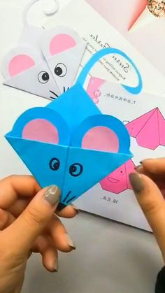 Diy Crafts Easy At Home, Diy Crafts For Gifts, Paper Crafts For Kids, Paper Animal Crafts, Paper Flowers Craft, Preschool Art Activities, Mouse Crafts, Creative Gift Wrapping, Art N Craft