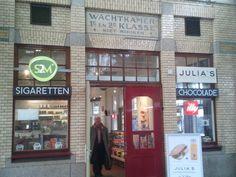 Seats2meet.com station Naarden-Bussum.   http://www.seats2meet.com/locations/387/Seats2meet_com_station_Naarden-Bussum