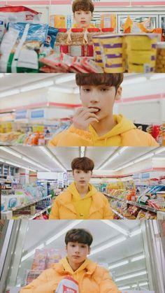 How come he eats so adorable than me! Kai, Fandom, K Pop, Kpop Groups, K Idols, Photo Cards, Entertaining, Screen Wallpaper, Bts Wallpaper