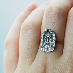 Turin Shroud, Jesus Face, Metal Shop, Precious Metals, Class Ring, Christ, Rings For Men, Shops, Bronze