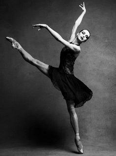 Diana Vishneva photographed by Patrick Demarchelier, 2012.