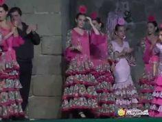 Actuación de Bailes de Angelines Gómez, Esther Díaz y  Inma Mera Miajada...