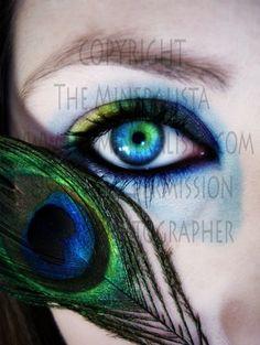 peacock eye color