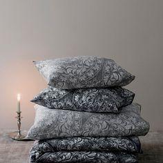 Soft Pillows, Bed Pillows, Fresh Meadows, Duvet Cover Sets, Linen Bedding, King Size, How To Fall Asleep, Pillow Cases, Beige