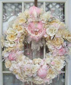 SHABBY CHIC & VICTORIAN CHRISTMAS IDEAS | Shabby Chic Christmas Porch Decor | Victorian Glamour