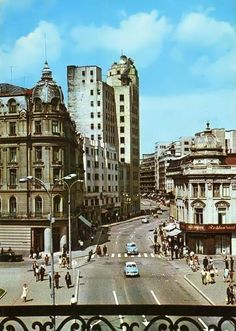 Old view of Calea Victoriei, Bucharest, Romania History Of Romania, Central And Eastern Europe, Bucharest Romania, Interesting Buildings, Big Ben, City Photo, Beautiful Places, Scenery, Places To Visit