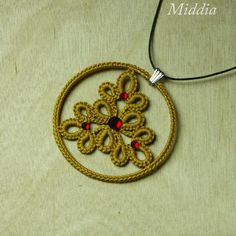 Beautiful tatted necklace by Middia from Poland