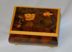 Marquetry Music Box plays OLE SUSANNA ~ Italian Inlaid Wood Music Box Flowers Leaves Botanical San Francisco Music Box Co Reuge Italy by EclecticJewells on Etsy