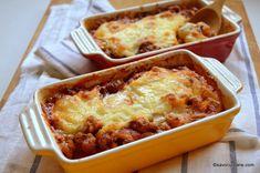 Helathy Food, Musaka, Romanian Food, Lasagna, Macaroni And Cheese, Good Food, Food And Drink, Easy Meals, Dinner