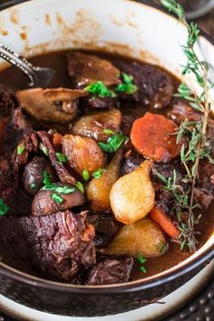 Boeuf Bourguignon & www.oliviascuisin& & A french classic, this Boeuf Bourguignon & or Beef Burgundy & is one of my favorite beef stews. Made with red wine, mushrooms and pearl onions. The post Boeuf Bourguignon appeared first on Food Monster. Beef Bourguignon, Meat Recipes, Healthy Recipes, Healthy Food, French Food Recipes, Recipies, French Recipes Dinner, French Desserts, Dinner Healthy