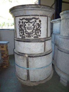 POÊLE ANCIEN EN PIERRE OLLAIRE