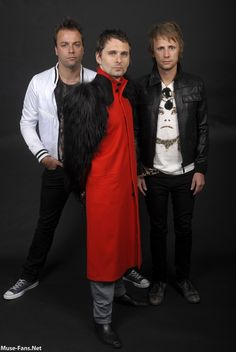 MUSE: MUSE Photo Session_ The Resistance