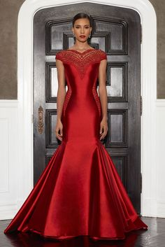 Lorena Sarbu -Stunning! SCARLET SILK TWILL FITTED GOWN W/EMBROIDERED SIDES AND NECKLINE