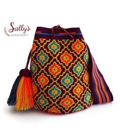 Form Crochet, Filet Crochet, Diy Crochet, Crotchet Bags, Knitted Bags, Crochet Handbags, Crochet Purses, Wiggly Crochet, Mochila Crochet