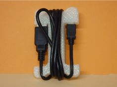 USB Cable tie / Attache câble USB by Boxplyer - Thingiverse.