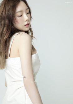 Taeyeon - Something New Girls' Generation Taeyeon, Girls Generation, Seohyun, Snsd, Asian Celebrities, Celebs, Asian Woman, Asian Girl, Kim Tae Yeon