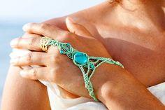 30% Off  Macrame bracelet Turquoise Slave por MacrameLoveJewelry