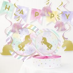 The Holiday Aisle 8 Piece Unicorn Birthday Decoration Set Decorations Centerpiece